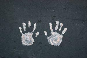 Ange artisanat handprint pour les enfants