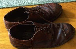 Des idées créatives pour stocker vos chaussures à la porte d`entrée