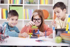 Différence entre froebel & montessori