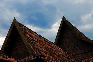 Inspectez votre toit attentivement les signes de détérioration.