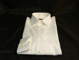 Fléchettes peuvent aider une chemise ont une forme plus adaptée.