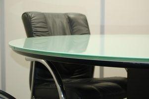 Au lieu de jeter des meubles de bureau, vous pouvez le vendre.