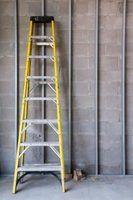 Les échelles peuvent être dangereuses si pas résisté correctement.