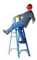 Une chute d`une échelle peut être fatale.