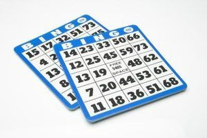 Avantages intellectuelle pour les personnes âgées jouent au bingo