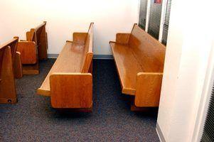 Les projets ou des idées en utilisant des bancs d`église anciens