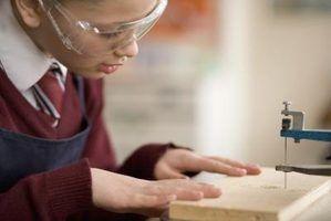 Outils pour couper du bois avec un laser