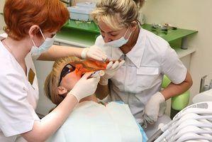 Quelles qualités font un grand assistante dentaire?