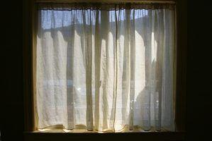 Traitements de fenêtre pour la vie privée de nuit
